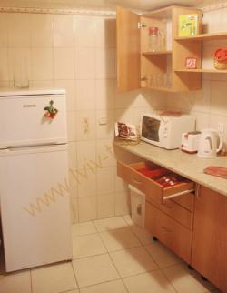 cherry-kitchen