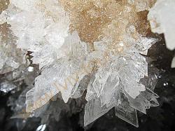 krushtaleva-pechera-kristalu