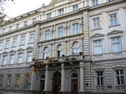 Экскурсия по дворцам Львова